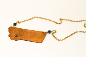 Brass Home Montana pendant with flower